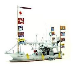 大間のマグロ一本釣り漁船
