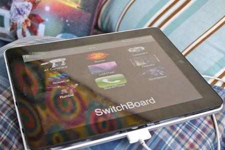 2つのDockコネクタがある「iPad」の試作版がeBayに出品されていた