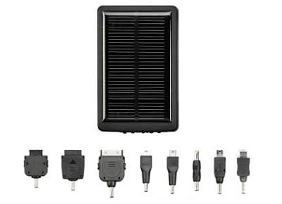 iPadやゲーム機も充電できる手頃なソーラーチャージャー「GH-SC2000-8AK」