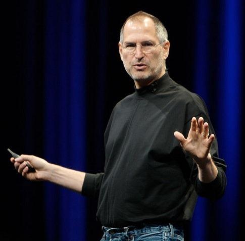 スティーブ・ジョブズがついに引退、アップルはどうなっていく?