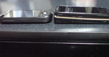 HT-03AとN-06A 比較その3